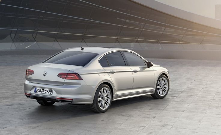 VW Passat Di Inggris Tampak Dari Belakang ~ http://iotomagz.net/harga-vw-passat-di-inggris-yang-akan-datang/
