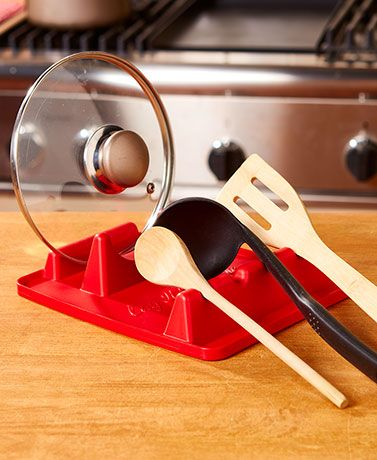 Keep your countertops and stovetop tidy with this Lay It On Me Utensil and Lid Rest. It holds most lids and cooking utensils, including spoons, splatter screens