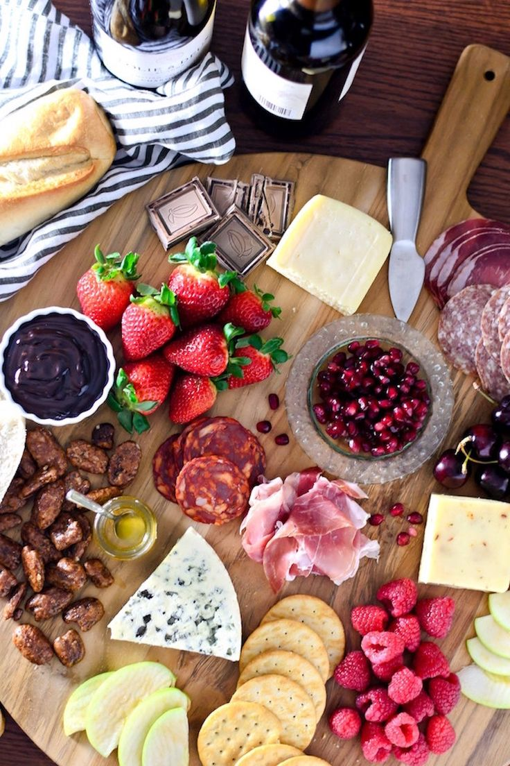 Dark chocolate, salty meats, creamy cheeses, sweet candied nuts. Here is everything you need to create a sexy Valentine's Day cheese board.