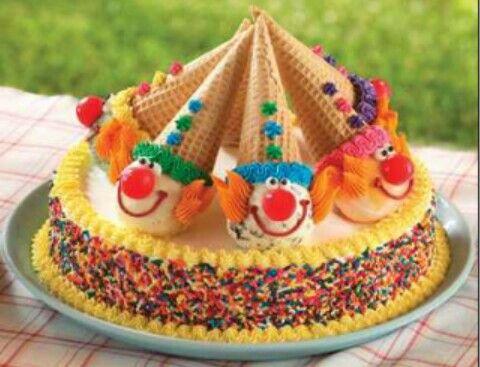 Lovely clown cake!!