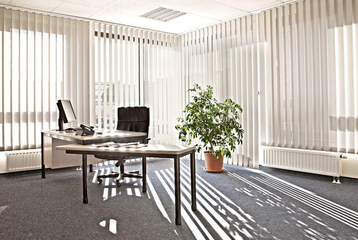 Жалюзи в кабинет руководителя #window #blinds #interior #шторы #жалюзи #вертикальныежалюзи #декорокна #офис #кабинет