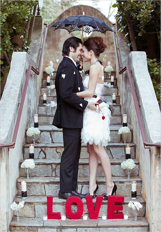 black white red wedding: Engagement Photo, White Wedding, Photo Ideas, Black Wedding, Wedding Ideas, Black White, Wedding Photo, Red Wedding, Red Black