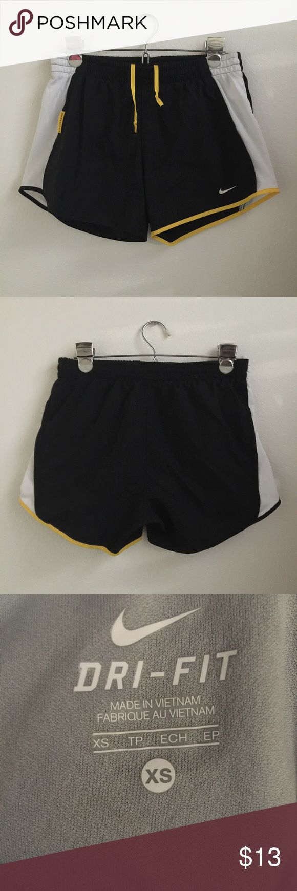 Women's Nike Livestrong Dri-fit Shorts XS Pre owned. Great condition. Built in underwear shorts. Nike Shorts