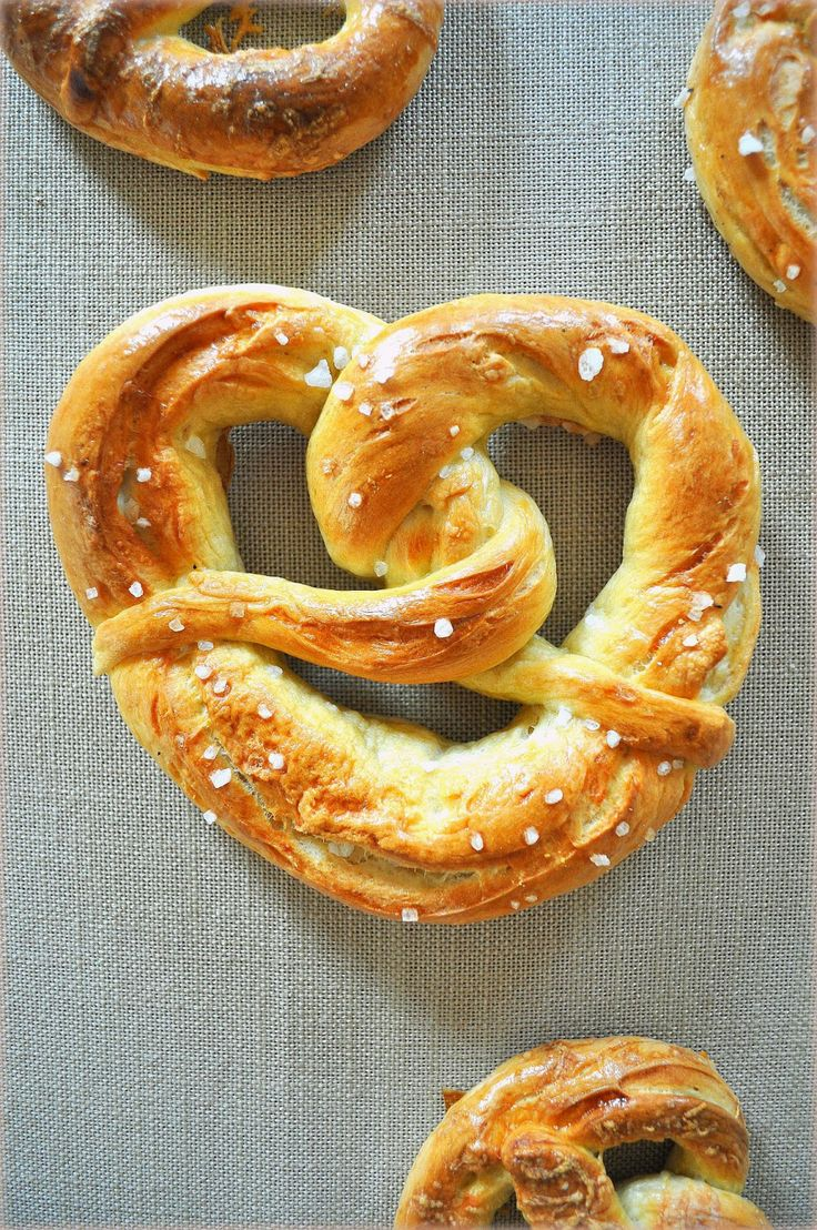 Indispensable element of any trip to Germany - soft pretzels with salt and cheese, home edition.