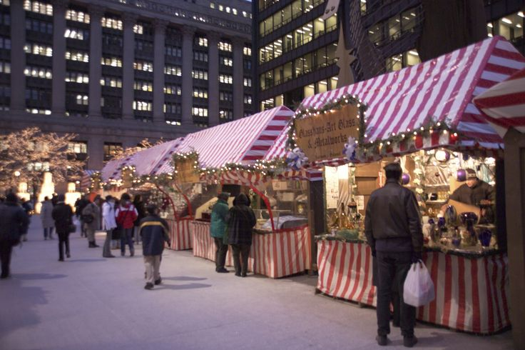 christmas market | Chicago Christmas Market - Nuremberg's Kris Kringle Market in the USA ...
