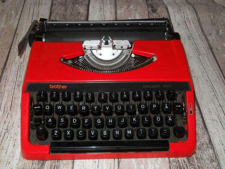 Red Brother Deluxe 220 Typewriter. Portable Typewriter. Manual Typewriter. QWERTY keys. Vintage Typewriter 1980s. Made in Japan by VintageRetroEst on Etsy