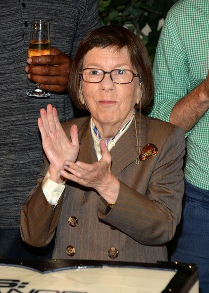 """Linda Hunt Photos - Actress Linda Hunt attends the CBS' """"NCIS: Los Angeles"""" celebrates the filming of their 100th episode held at Paramount Studios on August 23, 2013 in Hollywood, California. - 'NCIS: Los Angeles' Celebrates 100th Episode"""