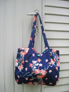 link naar pleated bag door boomie blogt...: Ik recykleer (2) en geef weg!