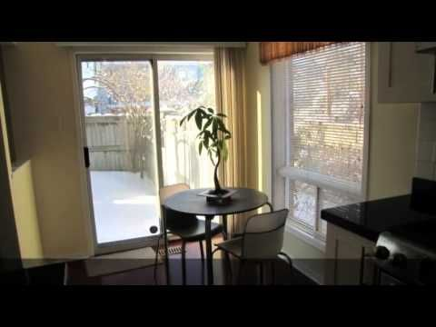 2945 Thomas St. Mississauga -Condo TOwnhouse for Sale
