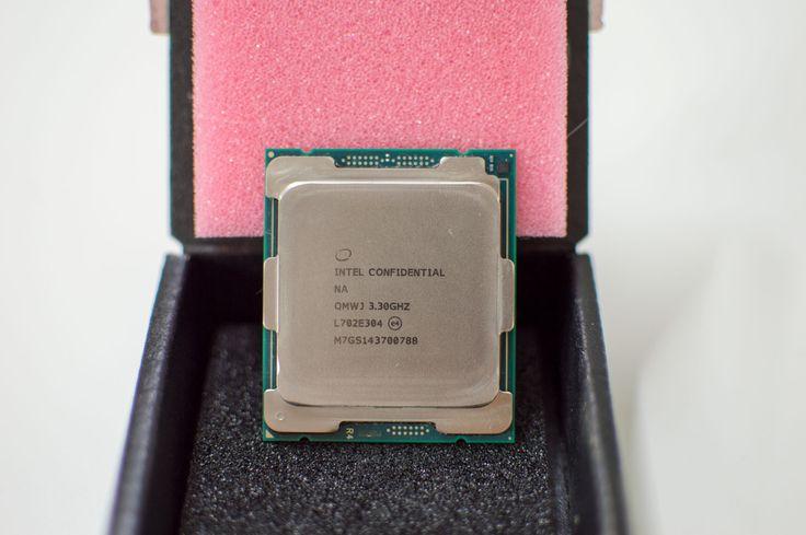 Se deja ver de nuevo el procesador Intel Core i9 7980XE, en este caso con overclocking y con un sistema de refrigeración liquida, montado en una placa base ASUS Nos hacemos eco de un interesante hallazgo en las últimas horas por parte del medio especializado wccftech, el cual habría encontrado...