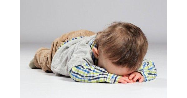 Κρίσεις οργής και άλλες συναισθηματικές θύελλεςΤο νευρικό σύστημα του παιδιού, όταν υπερφορτίζεται, αποφορτίζει τις εντάσεις με την αντίδραση που ονομάζεται tantrum. Του ζητάτε να ηρεμήσει, αλλά αυτή η κρίση είναι ο τρόπος που έχει το παιδί για να ηρεμήσει. Αμέσως μετά μπορεί το παιδί να είναι