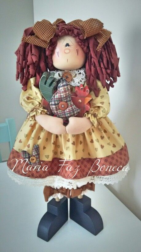 ❤Gumercinda❤ boneca de madeira