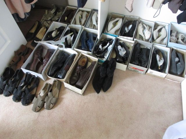 WOMENS' SHOES Content sale from pleasant Kanata South home – 27 Brandy Creek Crescent, Ottawa ON. Sale will take place Saturday, May 9th 2015, from 9am to 2pm. Visit www.sellmystuffcanada.com to view photos of all available items!