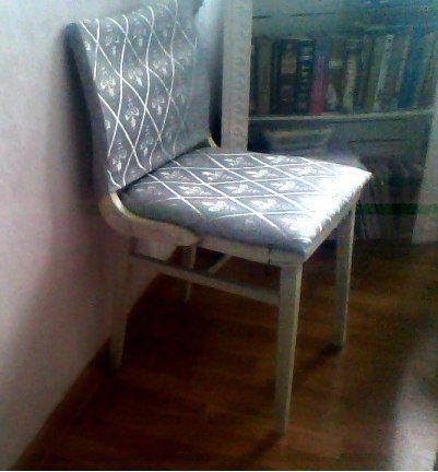 Перетяжка стула новой обивкой. Handmade
