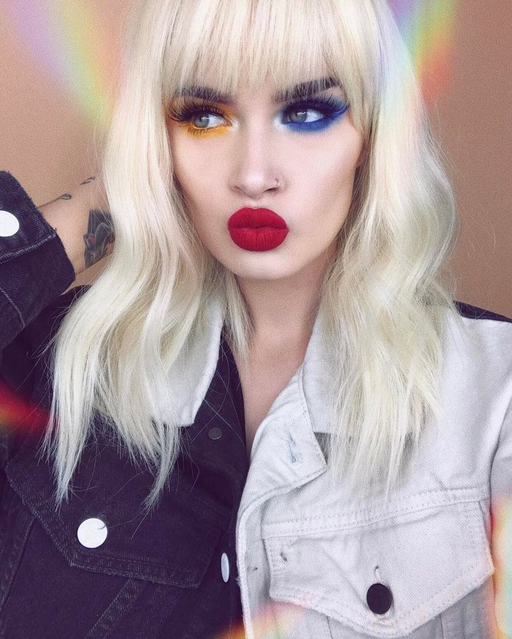 """10.2 mil Me gusta, 86 comentarios - ASH (@atleeeey) en Instagram: """"i uploaded a tutorial on this look from @paramore's video for Hard Times! ❤ also the new album is…"""""""