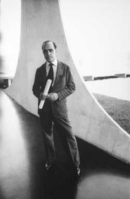 Oscar Niemeyer (1988 winner)