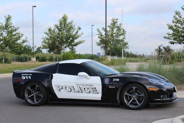 Insolite : saisie à un dealer, cette Corvette est désormais une voiture de police