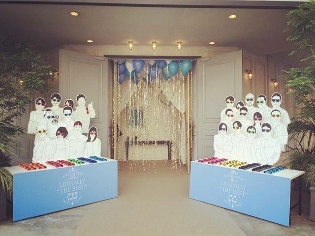 *literally the best* TRUNKの正面入口を開放し出入り自由にした 結婚披露パーティ!入口のフォトパネルは 本当にお越しいただくゲストの似顔絵。 サングラスを取っていただき正面の受付へ...♡ designer @harada.tsg  @yamaoka.tsg  #TRUNKBYSHOTOGALLERY #wedding #party #weddingreception #weddingphoto #weddingdress #photobooth #photopanel #sunglass #balloon #kidsparty #結婚式 #結婚式場 #披露宴 #2次会 #披露宴会場 #フロア貸 #貸切 #パーティ #サングラス #フォトブース #ウェディングドレス #ウェディングフォト #ウェディングプランナー #デザイナー #似顔絵 #バルーン #プレ花嫁 #卒花 #takeandgiveneeds