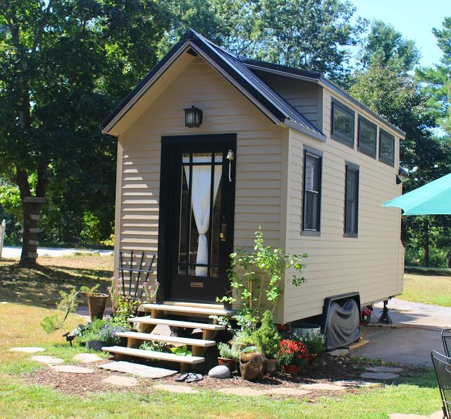 Small House 376 Square Feet: A 196-square-feet Tiny House With A Loft Bedroom, Living