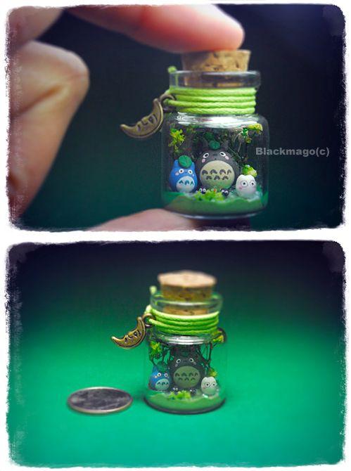 Such a cute Totoro teranium. These would make cute wedding favors!    Nano totoro (via Blackmago on deviantART)