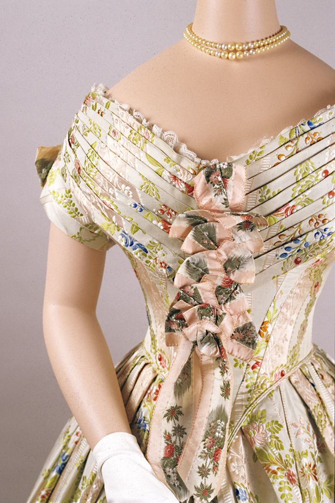 Evening dress of silk brocade, American, 1840s, KSUM 1983.1.64 ab.