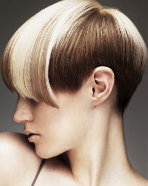A short blonde straight coloured Modern Multi-Tonal Womens haircut hairstyle by Mark Leeson