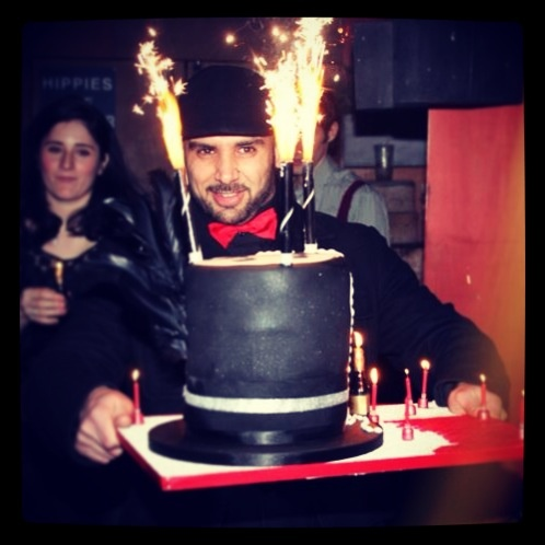 Top Hat Cake in action! At Barts bar in Chelsea, London. Cake by Chelsea Cake Company