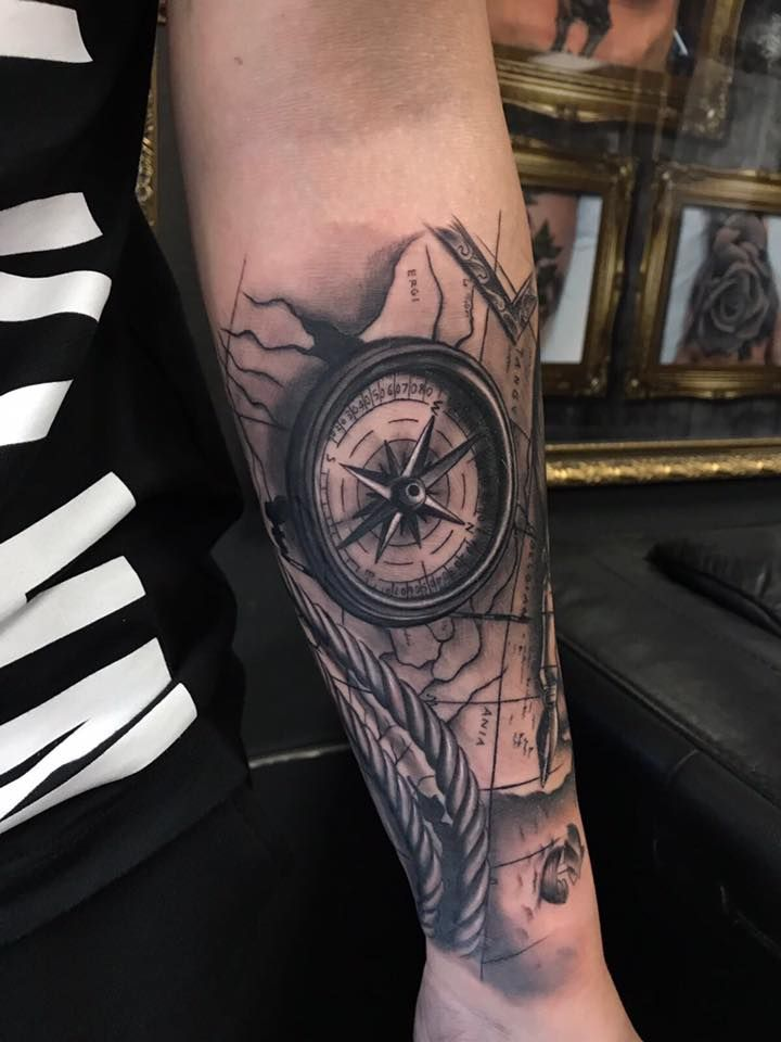 cafcb30c1 Compass tattoo by Christian at Holy Grail Tattoo Studio | 01-tattoo