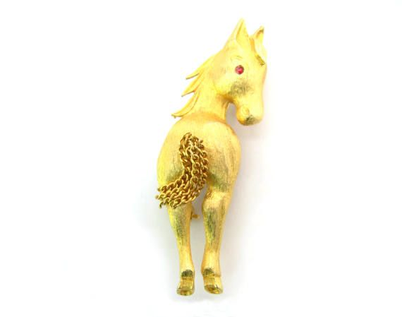 Gold Horse Brooch. Kinetic Chain Pony Tail. 3D by bohemiantrading