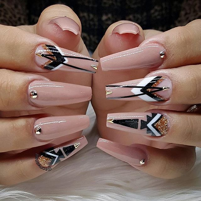Custom nails design #allpowder design by @tonysnail