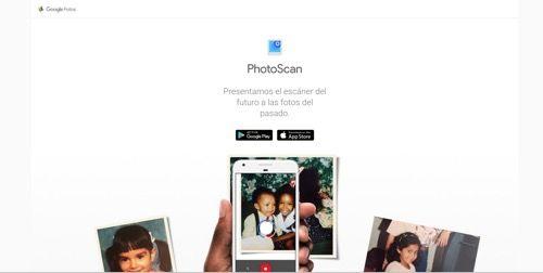 Cómo exprimir PhotoScan de Google para digitalizar tus fotos antiguas    Con las cámaras inegradas en los teléfonos inteligentes que son cada vez mas potentes la comodidad de utilizar la cámara que siempre llevas encima unida a mejoras como las introducidas por el iPhone 7 Plus o el Huawei P9 también generaron víctimas colaterales: las fotos en papel.  Las limitaciones de una fotografía en papel en un mundo digital son evidentes. No se pueden compartir ni añadir filtros o por qué no emojis…