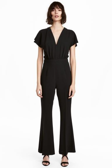 V-neck jumpsuit - Black - Ladies | H&M GB 1