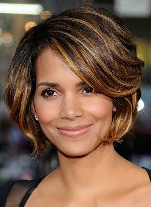 Layered haircut of Halle Berry  Marisols.org