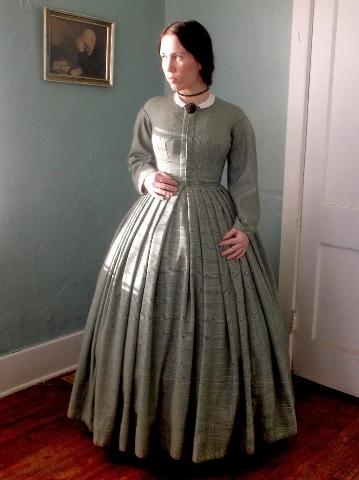 Romantic History: Green Plaid 1860's Dress for Winter Quarters