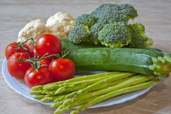 как есть сырые овощи