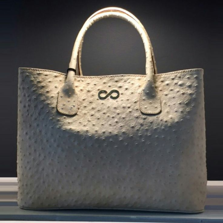 http://www.l4ove.com/index.php/en/shop/handbags/fl-white-glam-detail