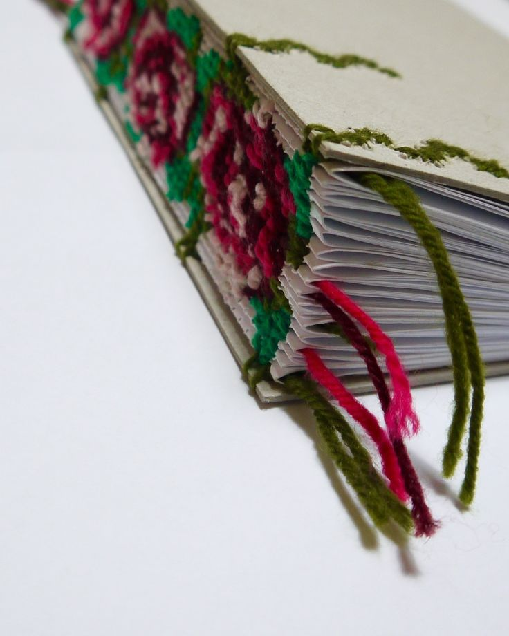 Creative Bookbinding / Cross Stitched Roses / Ann-Katrine Johansson