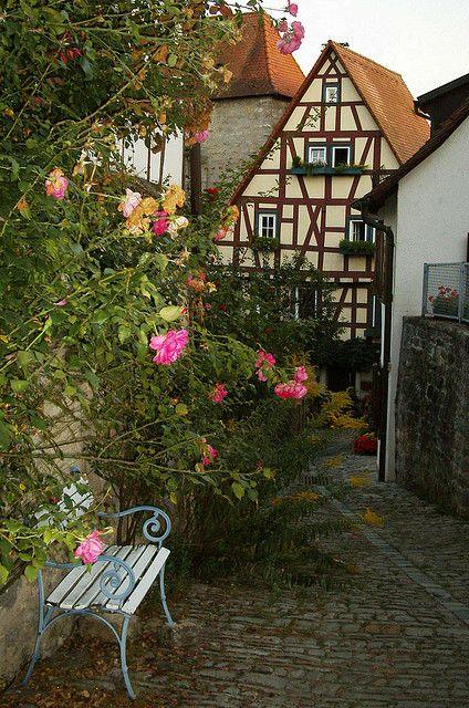 Romantic alley, Bad Wimpfen, Germany.  Photo: El@_56 via Flickr