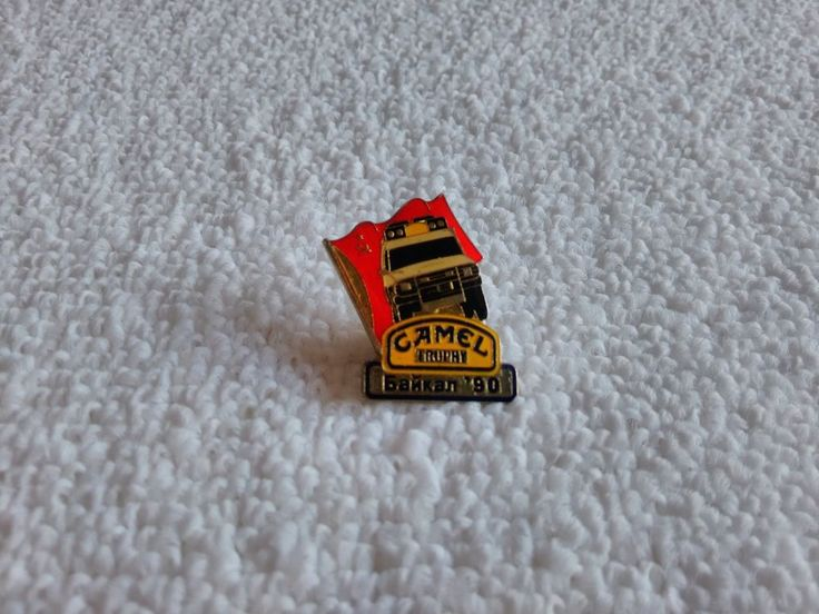 Vintage Russia/Russian Camel Trophy 4x4 1990 Off Road Race pin badge