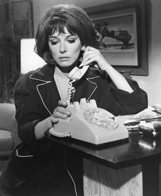 0 lee grant on the phone