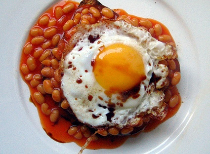 Beans on toast. Good for breakfast or lunch. Some like an egg on top, others cheddar cheese.
