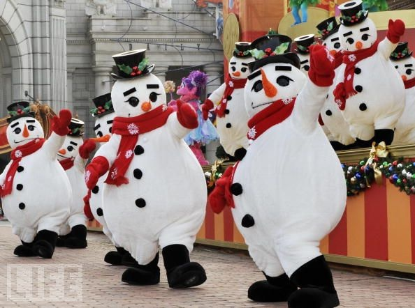 March of the Japanese Snowmen.