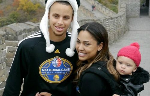 Stephen Curry and His Wife   star Stephen Curry has cute bundle of joy named Riley with his wife ...