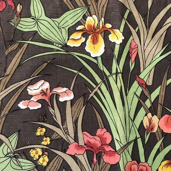Iris Print Linen Huge Piece Of Vintage Linen Fabric Irides Print Fabric Floral Printed Fabric Zepel Treated Fabric Rare Fabric In 2020 Vintage Linens Printed Linen Printing On Fabric