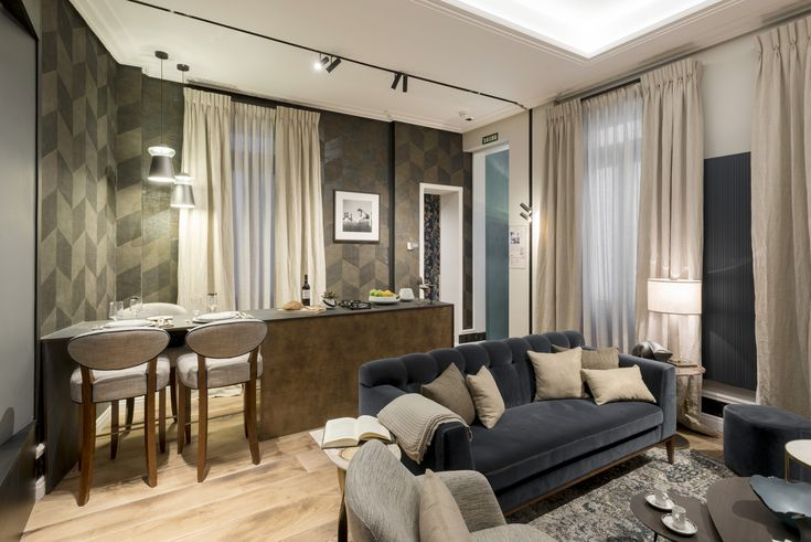 Los revestimientos en paredes y techos, molduras y papeles, juegan un papel importante.  #eleroom62 #workinprogress #decor #interior #homedecor #design #home #style #art #interiorismo #arquitectura #diseño #decoracion