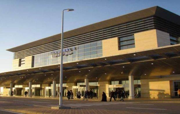 جمارك مطار برج العرب تحبط محاولتي تهريب 20 هاتف محمول مطار برج العرب تمكن رجال Outdoor Outdoor Decor Views