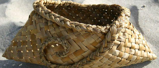 I love this flax basket