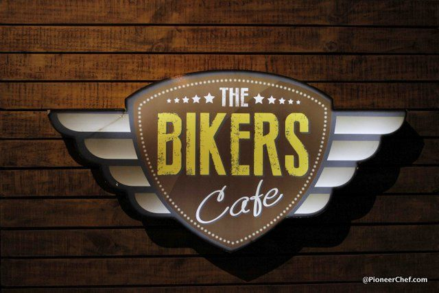 A bikers' den, this newly-opened Gurgaon cafe has something for every adventure junkie. Come, and explore! Where:Emaar MGF Palm Springs Plaza, PSP-1 Golf Course Road, Sector 54, Gurgaon Cuisine: Food here, is a collection of a biker's experience of flavors on the roads of the world. The delightful café's breakfast - that opens early morning at around 7.30 am every day - comprises unique innovations like the hangover downshifter, fresh detoxifying juices like the  muscle soother, weight loss…