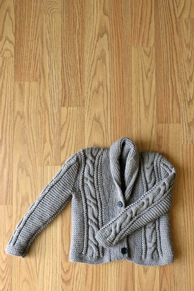 Lil' Grandpa Cardigan, a free knit pattern, for a little boy (Sizes 1 - 10). Uses both circular and DPNs and DK weight yarn.