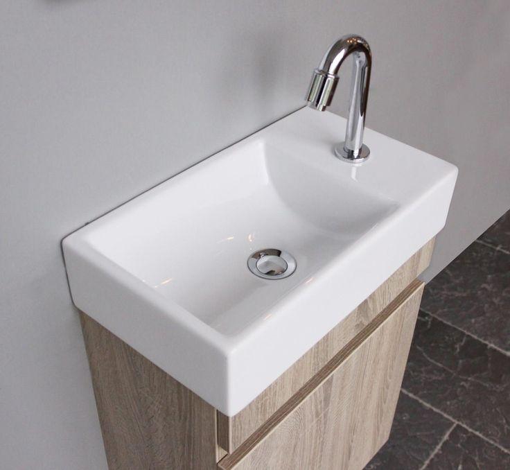 Toiletmeubel - opbergruimte in de wc   Thebalux badkamermeubelen